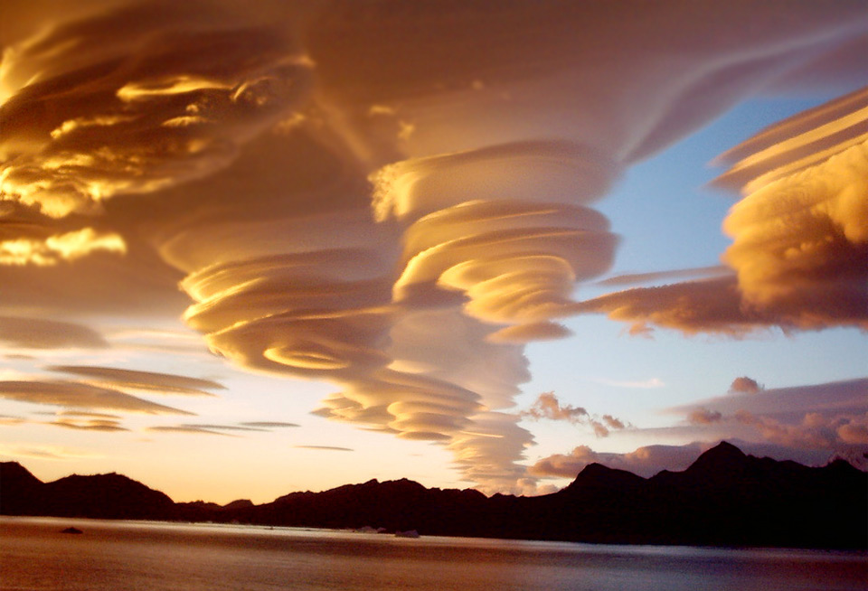Amazing-cloud-formations-15
