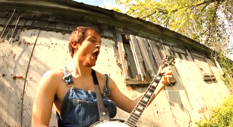 This Guy Shreds Through Slayer's 'Raining Blood' Song Like A Boss. This will Blow Your Mind. WOW!