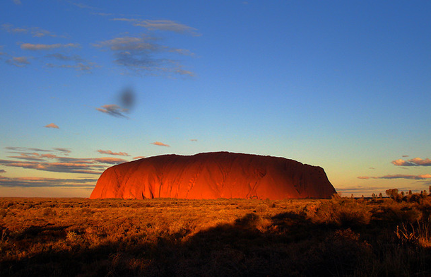 beautiful-sunset-Ayers-Rock-Australia