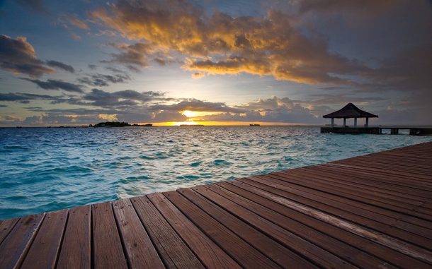 beautiful-sunset-Maldives