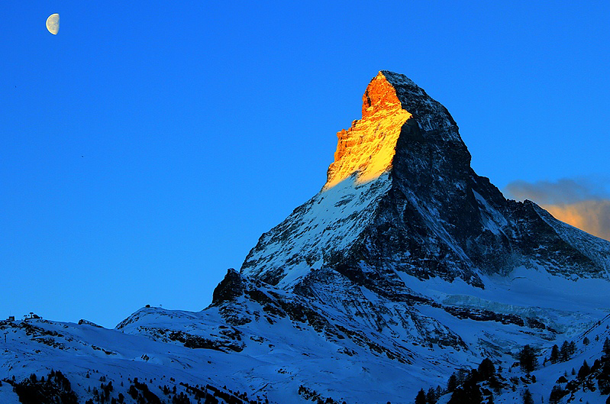 beautiful-sunset-Matterhorn-Switzerland