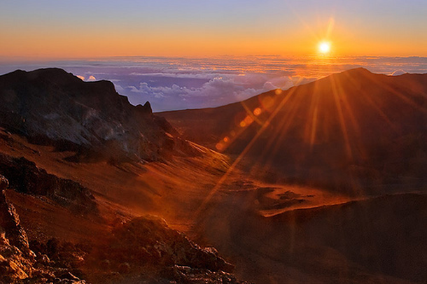beautiful-sunset-Mount-Haleakala-Hawaii