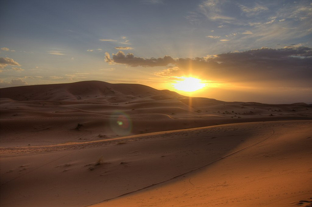 beautiful-sunset-Sahara-Desert
