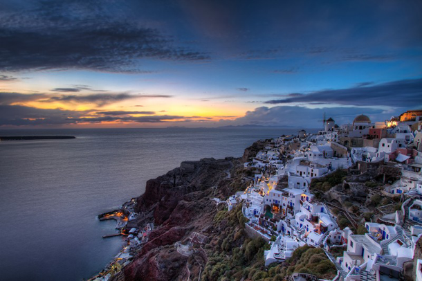 beautiful-sunset-Santorini