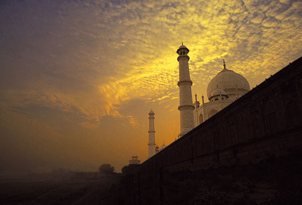 beautiful-sunset-Taj-Mahal-India
