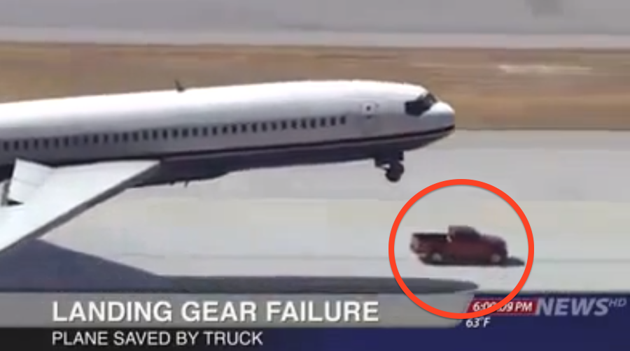 This Plane Had Landing Gear Failure, But SOMETHING unbelievable Happened… Must Watch!