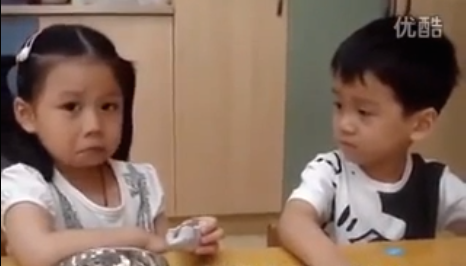 Your Heart Will MELT When You See This Adorable Boy Comforting A Girl On Her First Day in Kindergarten