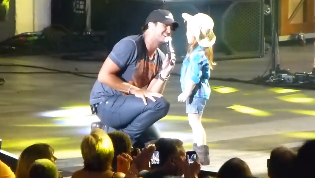 Country Singer Luke Bryan Invited A Little Girl Up On Stage…What She Did Next Amazed Everyone.