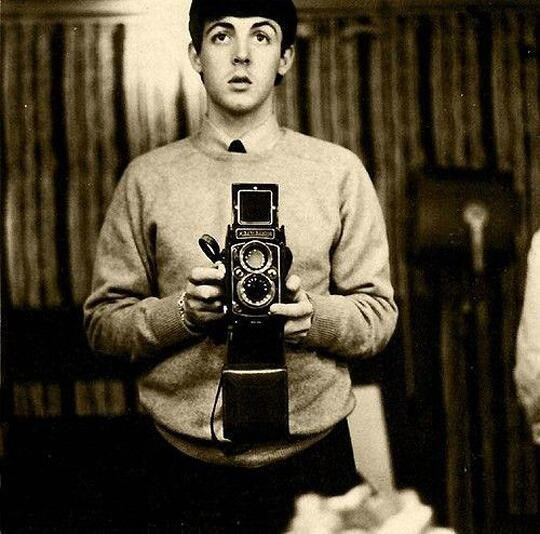 paul-mccartney-selfie